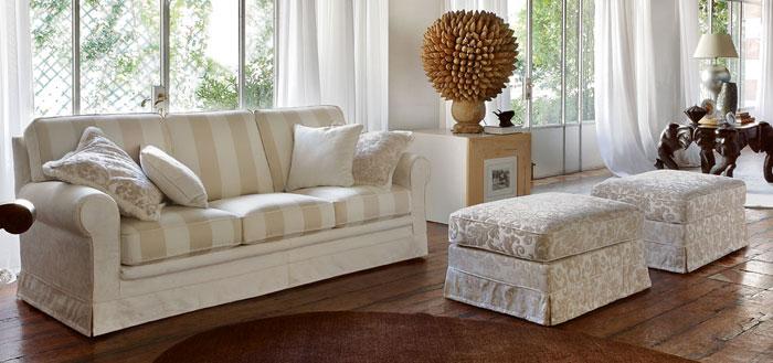 Divani classici di pentima mobili for Divani bellissimi moderni